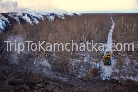 Kamchatka. Eruption of the Plosky Tolbachik volcano 2012. On the cooling lava flow. Tours to the Tolbachik volcano