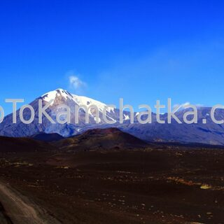 Kamchatka. Plosky Tolbachik and Ostry Tolbachik volcanoes. Tours to Kamchatka
