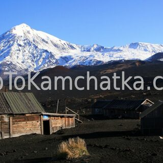 Kamchatka. Tolbachik. Lunohodchik base. Tours to the Plosky Tolbachik volcano